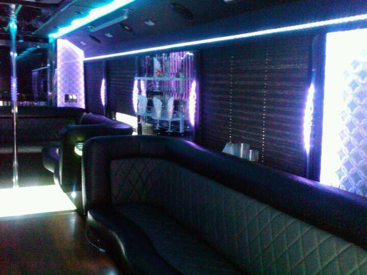 Party Bus 27 Passengers