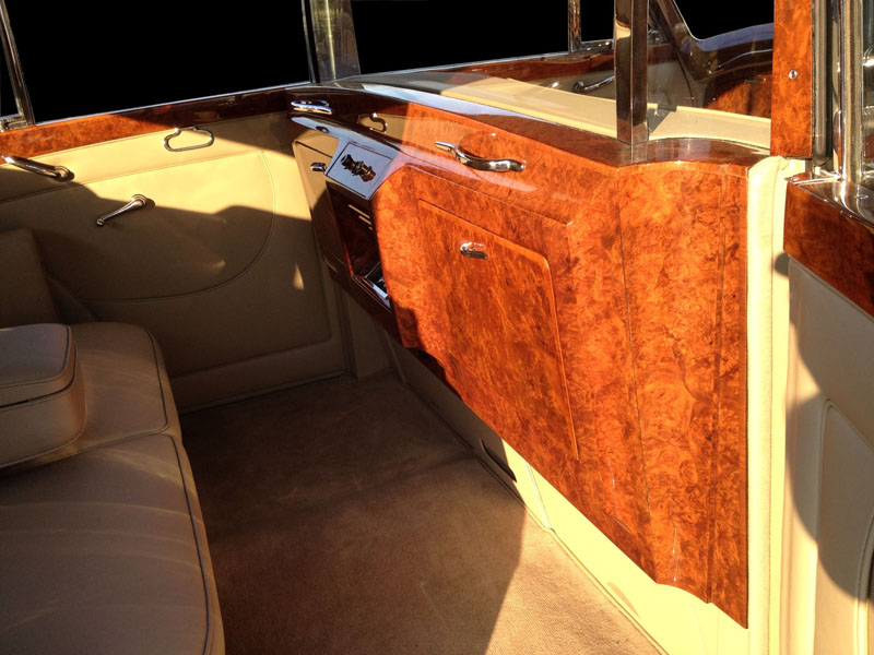 1959 Rolls-Royce interior