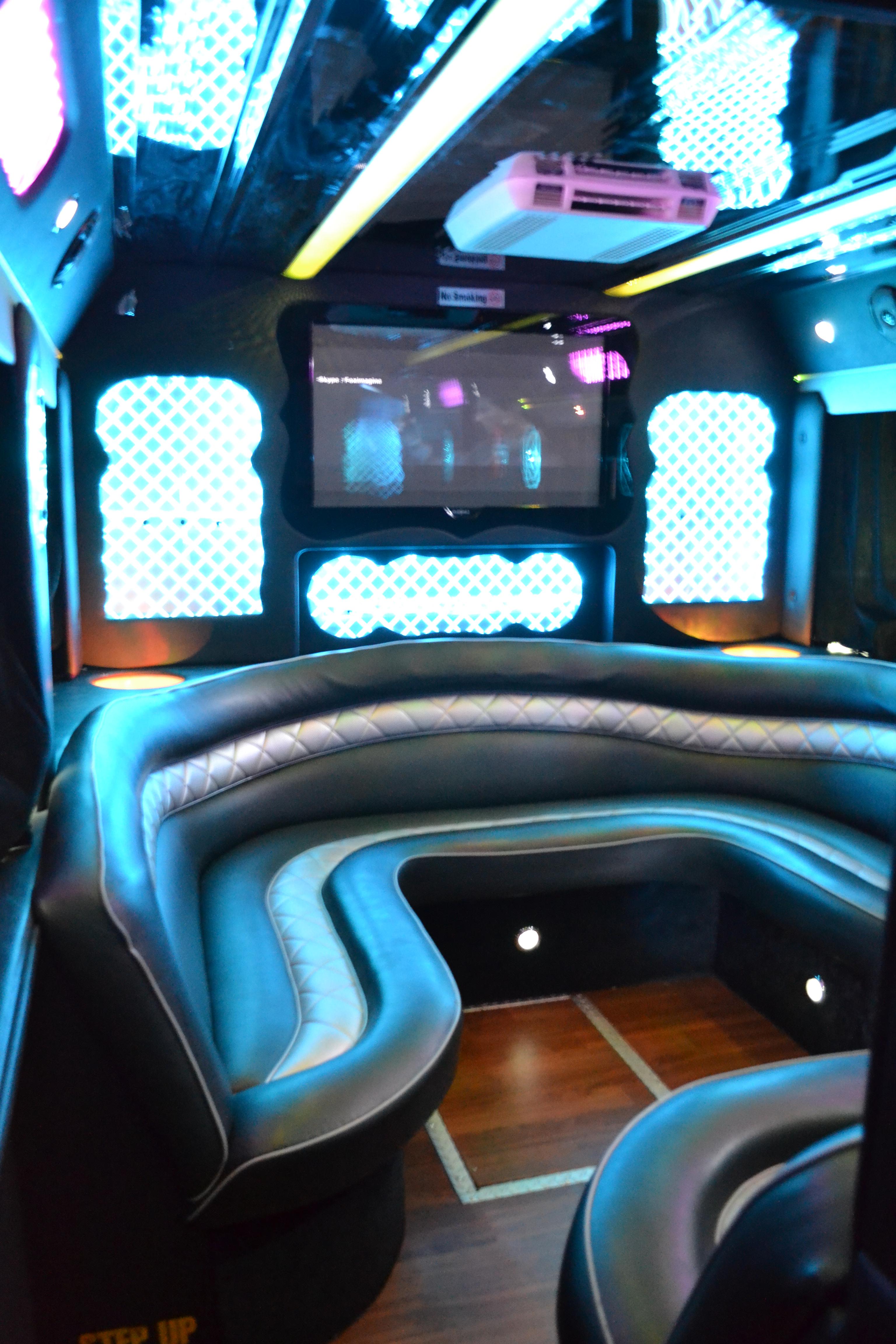 Party Bus 50 Passengers