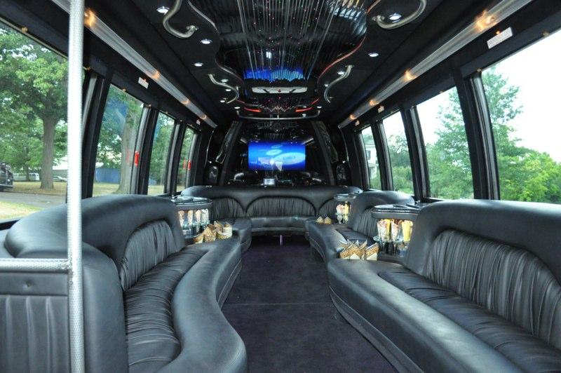 Party Bus 28 Passengers