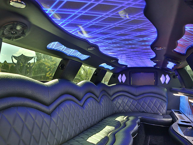 chrysler-limo-interior-2016